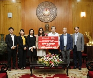 BRG GROUP AND SEABANK SUPPORT CENTRAL REGION WITH DONATION