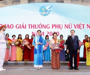 BRG GROUP CHAIRMAN HONORED AT VIETNAM WOMEN 2020